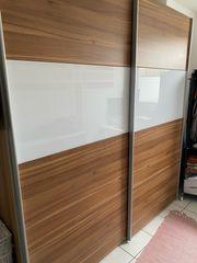 Schwebetüren-Kleiderschrank ca 220x200