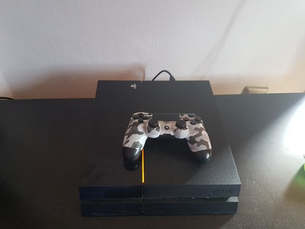 Playstation 4 1TB inkl Controller