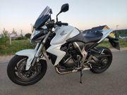 Honda CB1000RA Motorrad ABS Naked