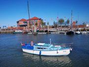 Formschönes Segelboot 8m 14PS Führerscheinfrei