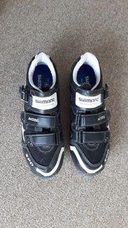 Größe 42 Shimano-Schuhe für Rennrad