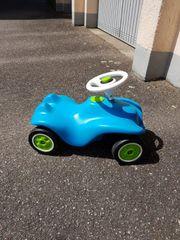 Bobby Car in blau