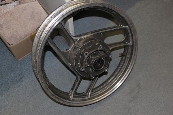 Yamaha SRX 600 18 Zoll