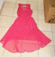 NEUWERTIGES elegantes Kleid mit tollem