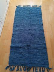Fleckerlteppich blau