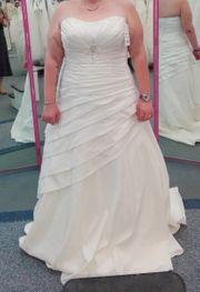 Brautkleid Größe 48 in ivory