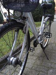 Damen City- Bike Fahrrad mit