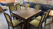 Antiker Tisch mit 6 Stühlen -