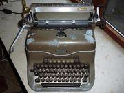 Alte Schreibmaschine Triumpf Modell Matura