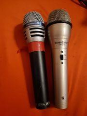 verkaufe 2 Mikrofone mit Kabel