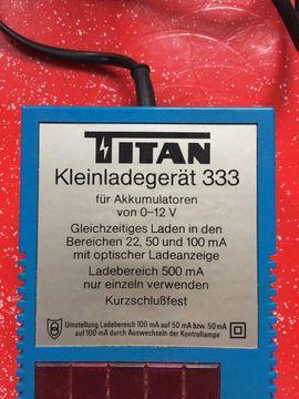 Werkzeuge, Zubehör - Titan Kleinladegerät 333