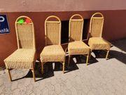 4 schöne gut erhaltene Korbstühle