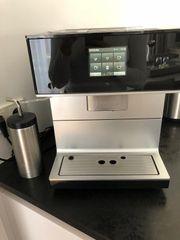 Miele Kaffeevollautomat CM 7300 in