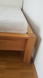 Hochwertiges Holz-Bettgestell Größe 100 x