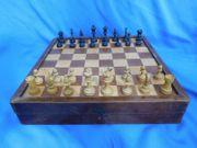 Sehr schönes seltenes antikes Schachspiel