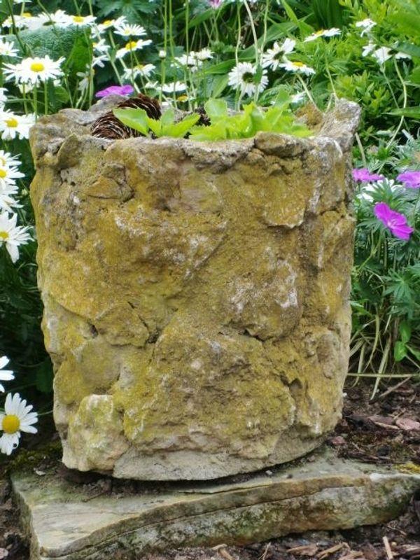 Für den Landhausgarten Großer Blumentopf