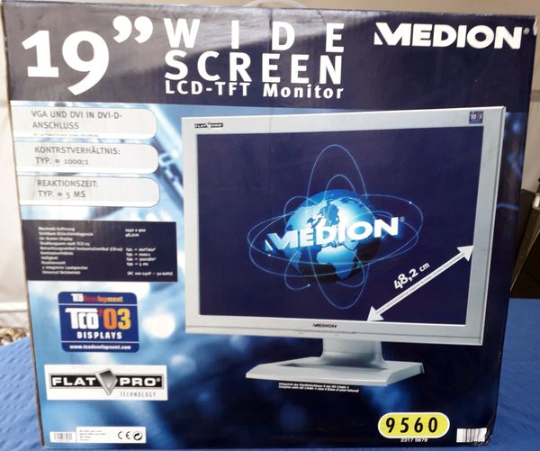 19 Wide Screen LCD-TFT Monitor
