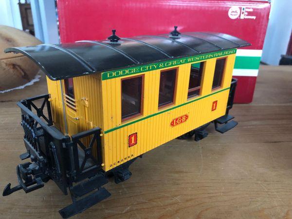 LGB 3006 Personenwagen gelb Dodge