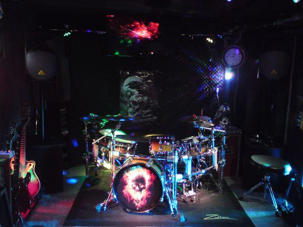 Schlagzeuger aus Hockenheim sucht Musiker