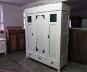Antiker Schrank Dielenschrank Jugendstil Weiß