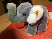 Elefant von Steif
