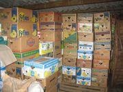 96 Bananenkisten voller Haushaltsartikel für