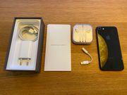 iPhone 8 spacegrau 64 GB