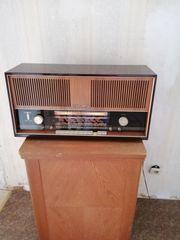 Radio von der Firma Loewe
