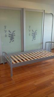 Alles komplett- Kleiderschrank Bett Rollladenschrank