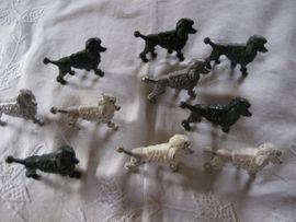 Sonstige Sammlungen - 10 Bleifiguren Pudel Hund Figuren