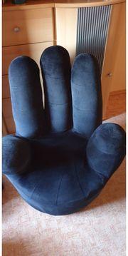 Cooler Sessel in Handform