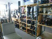 Schuhe Stiefel Sandalen Pumps etc