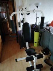 LifeGear Fitnessstation mit Gewichten