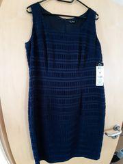 Dunkelblaues Kleid von vera mont