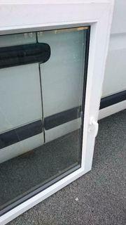 Neuwertiges Kunststoff Fenster 135x133 zu