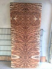 Eine Matratze 0 90 m