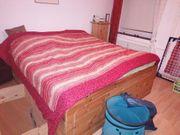 Gut erhaltenes Doppelbett aus Kiefer
