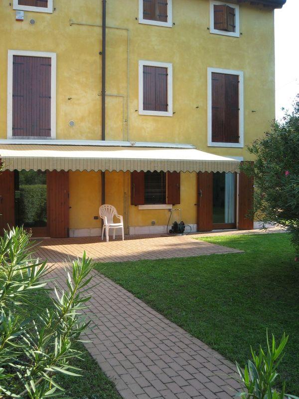 Gardasee Ferienwohnung mit Pool und