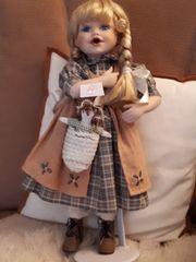 Wunderschöne gut erhaltene Puppen mit
