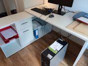 Schreibtisch weiß über Eck