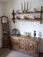Alte antike Kommode Schrank aus