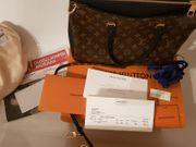 Louis Vuitton Pallas M42756 Noir