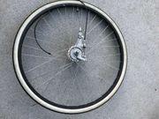 Fahrrad Vorderrad 28 komplett mit