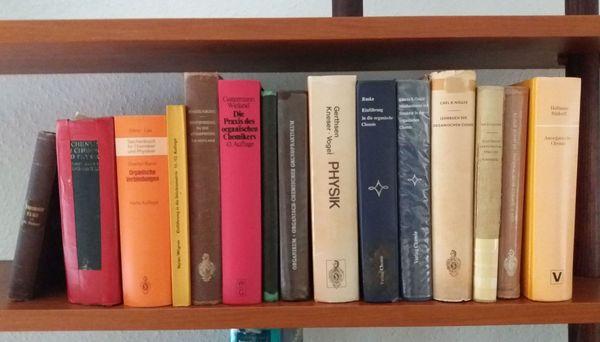 Fachbücher Physik Chemie zu verschenken