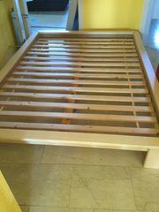 Bett inkl Matratze und Bettkasten
