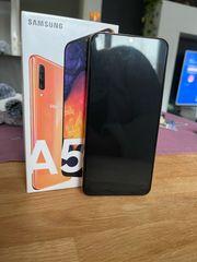 Samsung Galaxy A50 mit Zubehör