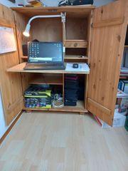 1 PC Schrank aus Holz