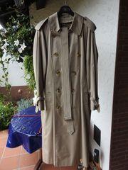 Wenig getragener Burberry s Mantel