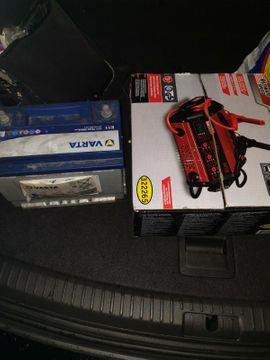 Batterien - Auto Batterie Ladegerät NEU OVP
