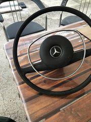 Oldtimer Mercedes Lenkrad